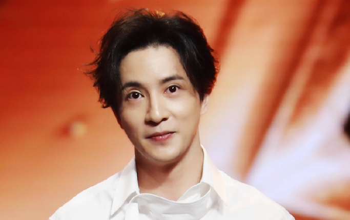 Joker Xue Welcomes Birth of Son and Old Drama with Ex-Girlfriend