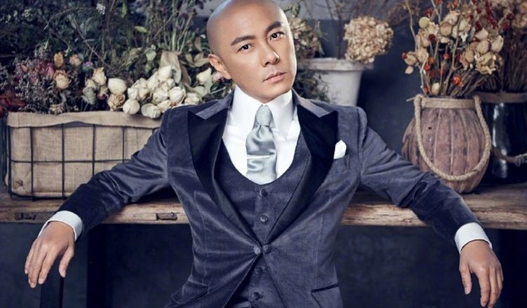 Dicky Cheung Clarifies the Rumors of TVB Insulting Him After Asking for a Raise Weibo