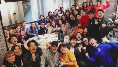 """Cast of """"Come Home Love"""" Celebrate Viewership Ratings Surpassing 30 Points"""