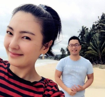 Kitty Zhang and Ex-Husband, Yuan Bayuan, are Publicly Feuding Over Child Custody Dispute