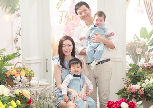 2005 Miss Hong Kong, Tracy Ip, Pregnant with Third Child