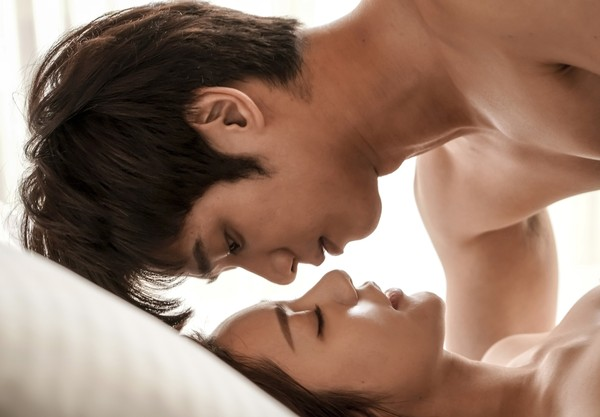"""Jasper Liu Complained about Puff Kuo Getting Too Close to His Private Parts while Filming """"Before We Get Married"""""""