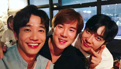"""Jasper Liu and Lee Seung Gi are Shipping Themselves for Their Netflix Show, """"Twogether"""""""