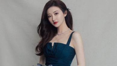 """Jing Tian Blames Botched Double Eyelid Surgery Turned Her into """"Pepe the Frog"""""""