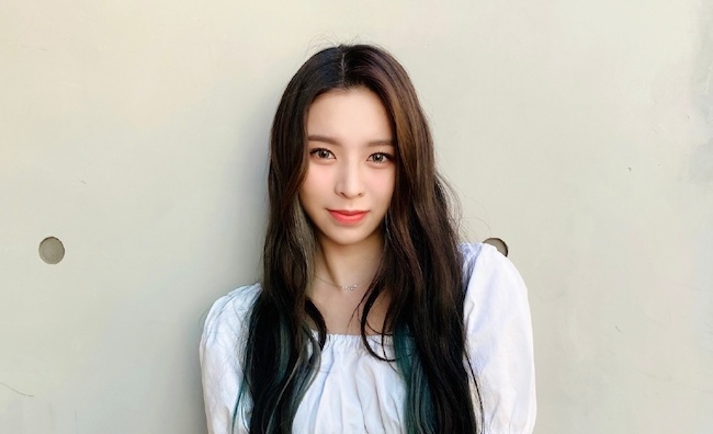 CLC's Elkie Files Motion to Terminate Contract with CUBE Entertainment