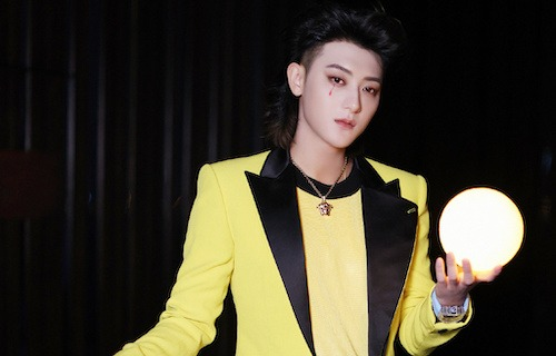 """Huang Zitao Questions Why He Can't Sing His New Song, """"She and You"""""""