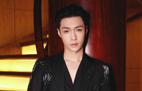 Man Poses as Lay Zhang's Music Producer to Lure Woman Under the Guise of Inviting Her for Music Video Shoot
