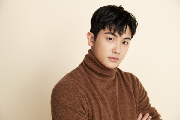 Park Hyung-sik in Talks to Star in Korean Adaptation of Chinese Novel The Golden Hairpin